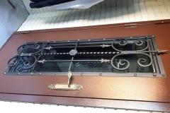 Кованый дверной декор